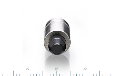 sealing piston for magnetic valve